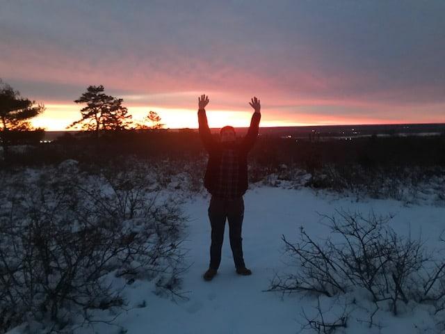 winter sunrise atop the skyline east trail